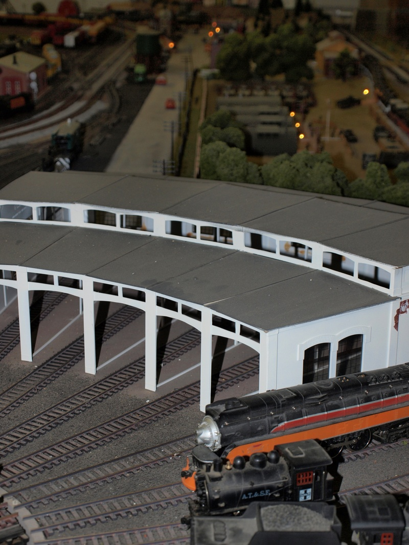 Don's roundhouse